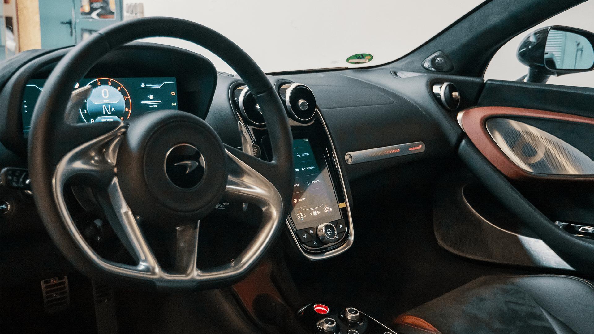 McLaren GT - Innenraum
